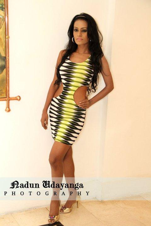 http://1.bp.blogspot.com/_YgVIy1rP_Kw/THY_4lJ6X9I/AAAAAAAACgI/PEmrqR9d5wM/s1600/ceylon+continental+fashion+show.jpg