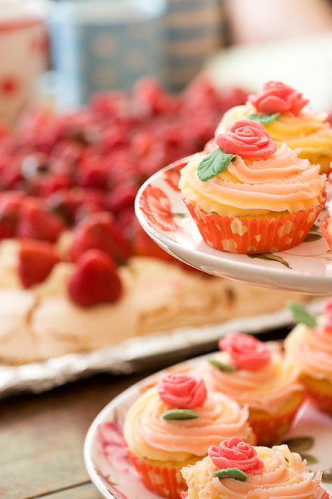 cake boss birthday cakes. is the Fairy Cake Boss)