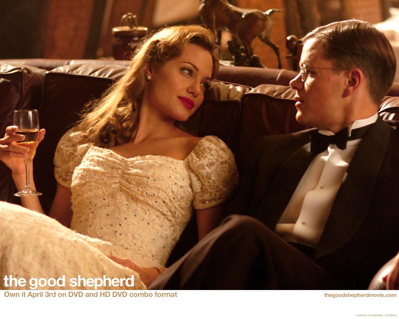 http://1.bp.blogspot.com/_Yij3nt3zMNA/SzMCl-OsM5I/AAAAAAAAJn0/Pu4DC9Fnbo8/s1600/The_Good_Shepherd,_2006,_Angelina_Jolie,_Matt_Damon.jpg
