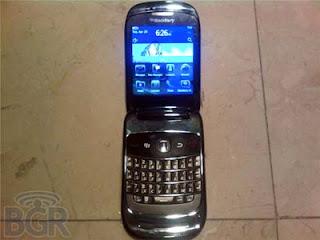 Blackberry 9670 Oxford Clamshell
