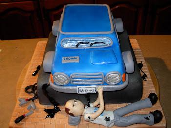 bolo de carros