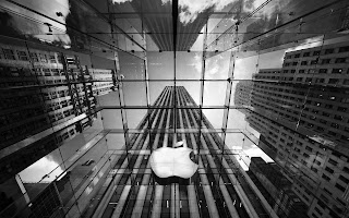 Apple In Architecture Wallpaper