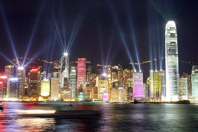 Hong Kng di notte