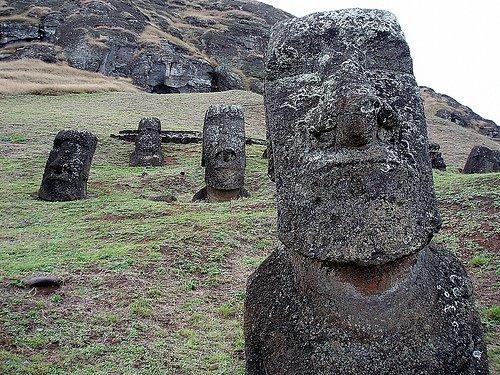 [Easter+Island.jpg]