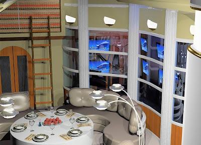 Inside Boeing 747-8 Intercontinental