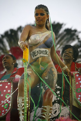 Soccer Body Painting on Brazil Women - body painting carnival obama