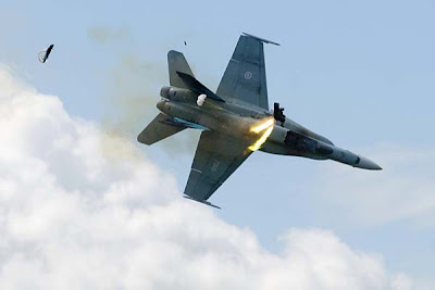 Airshow CF-18 Jet Fighter Crashes