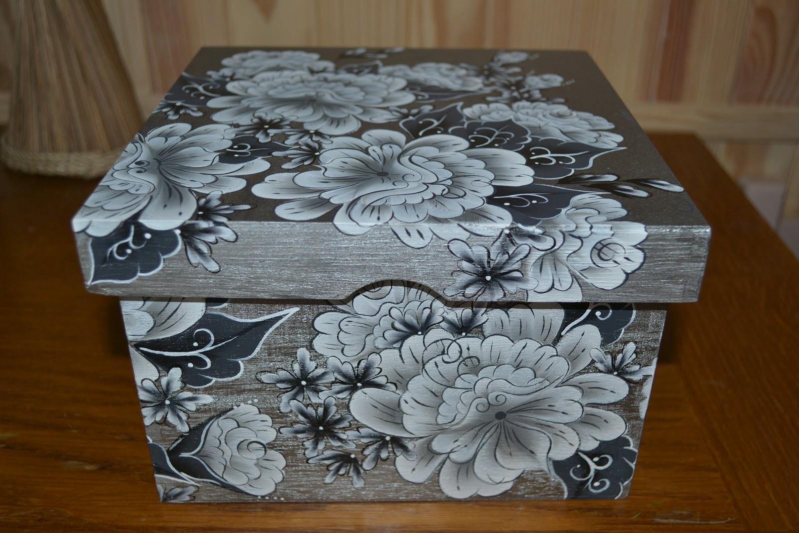peinture decorative sur bois boite en bois. Black Bedroom Furniture Sets. Home Design Ideas
