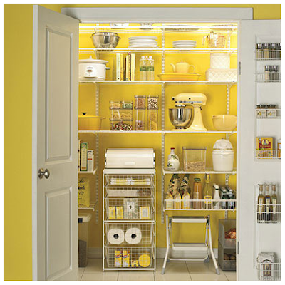 Dont I wish this was my pantry :)