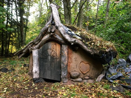 Beautiful Art Treehouses Hobbit Houses And Amazing