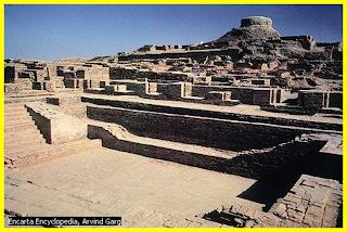 ang Mohenjo-Daro ay nasa katimugang bahagi ng daluyan ng Indus River