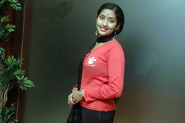 navya nair hot in tamil
