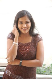 NEW ITEM ACTERSS REMYA NAMBEESHAN PHOTOS