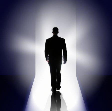http://1.bp.blogspot.com/_YuR6V_Yr7Bk/TAN0GkYNy1I/AAAAAAAAFKY/AQYU4OqWaK0/s1600/near-death-experience.jpg