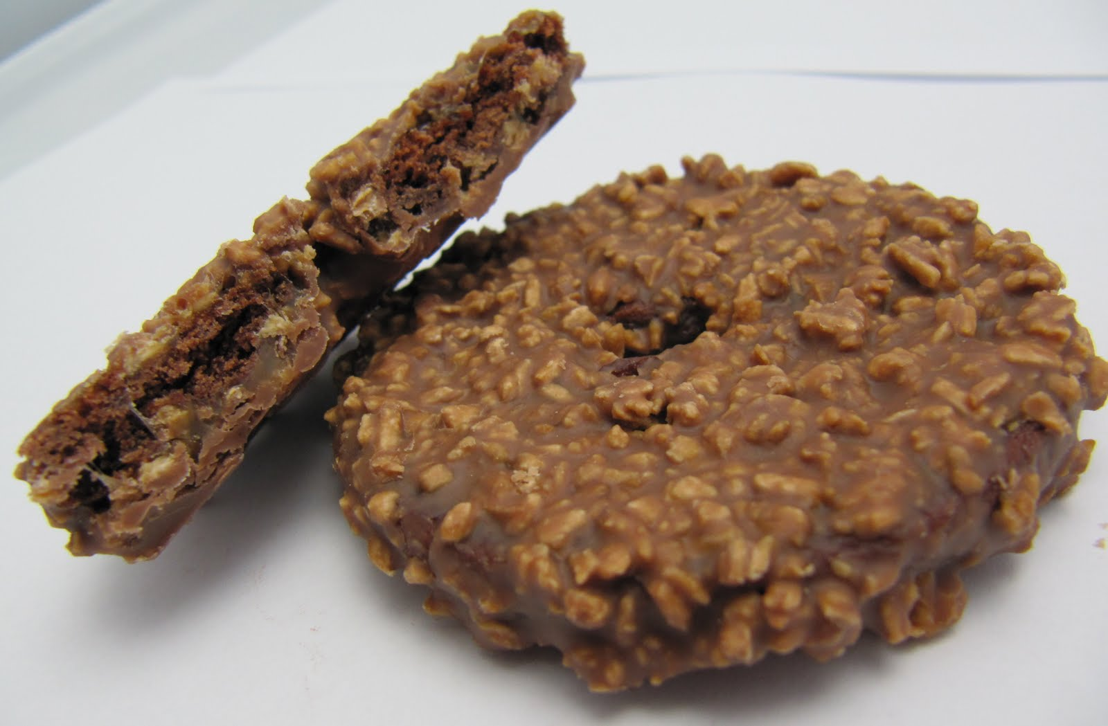 Motivation by Chocolate: Coconut (and Chocolate) Cookies