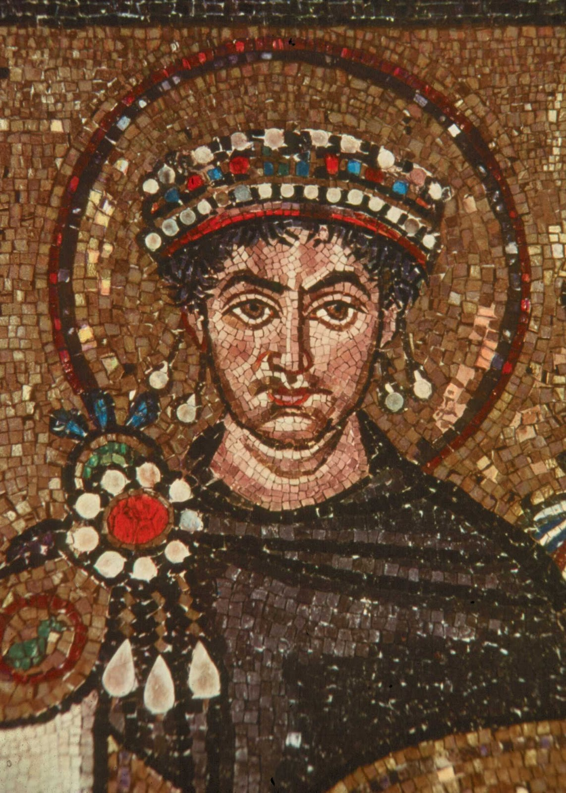 the creation of byzantine empire Although the byzantine empire had a multi-ethnic character during most of its  history and preserved romano-hellenistic traditions, it became identified with its .