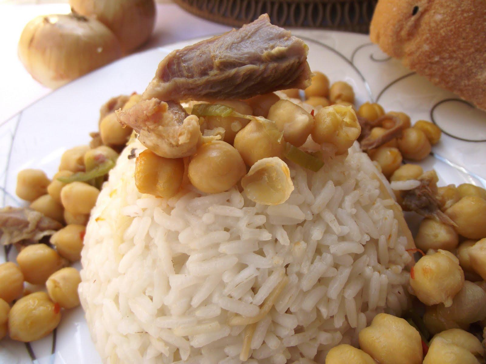 Zeytin, Bakliyat Yemekleri, Sucuk, Peynir, Kaşar Resimleri