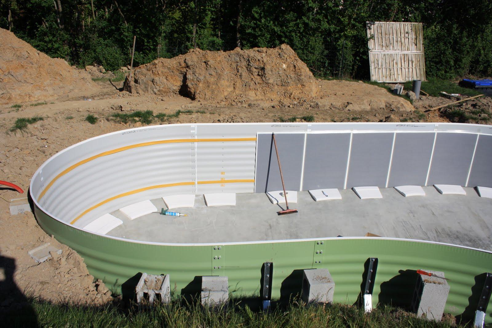 Waterair madeleine 8 isoplan pose du feutre et montage for Wateraire piscine