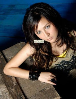 gambar foto artis cantik audy sexy photo pictures gallery