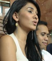 nova eliza foto gambar seksi artis cantik indonesia photo gallery