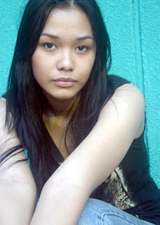 adinia wirasti foto gambar seksi artis cewek cantik indonesia sexy photo gallery