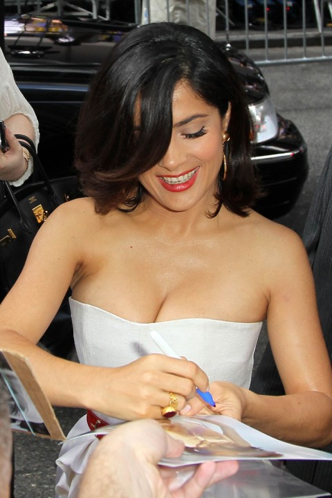 salma hayek breastfeeding addiction. hairstyles salma hayek teresa