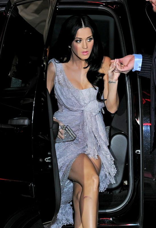 Katy Perry Upskirt