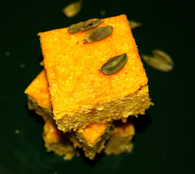 Gluten-free mango cornbread