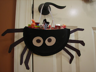 http://1.bp.blogspot.com/_Z05MWL3EXXc/SPkUKVnMVsI/AAAAAAAAFZc/dTkU4dTqvA8/s320/paper+plate+spiders+007.JPG