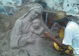 Mãe e Filho em areia