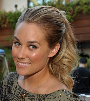 Last But Not Least I Think Lauren Conrad Has Achieved The Most Alien Look Possible Its A Cross Between An And Smurf