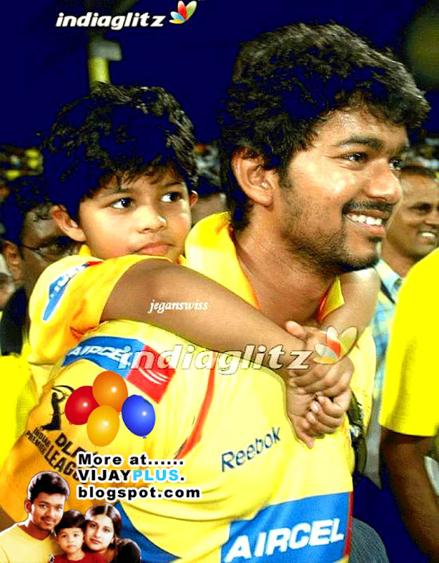 vijay with his son sanjay