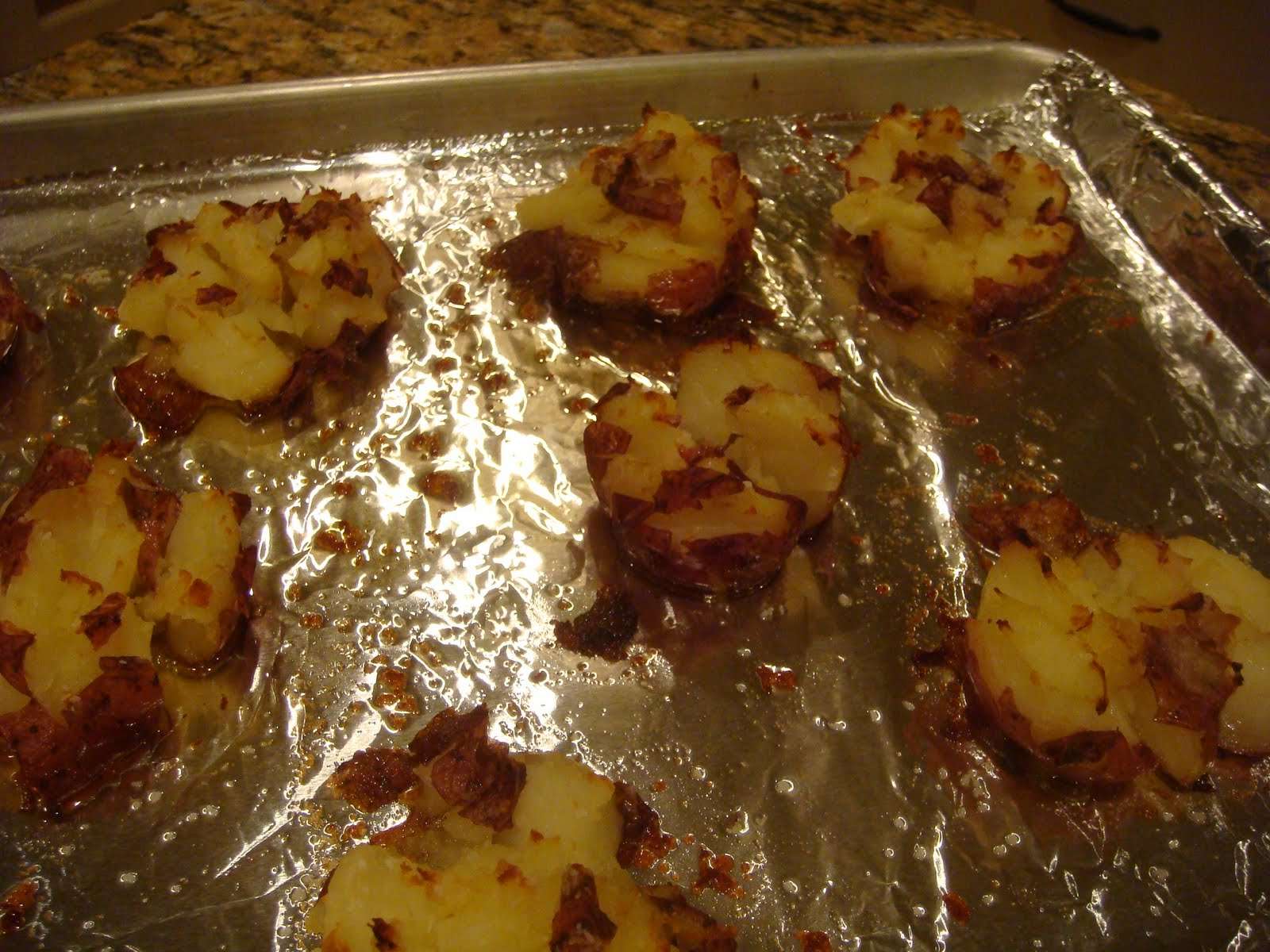 Our Blissfully Delicious Life: Crispy Smashed Red Potatoes