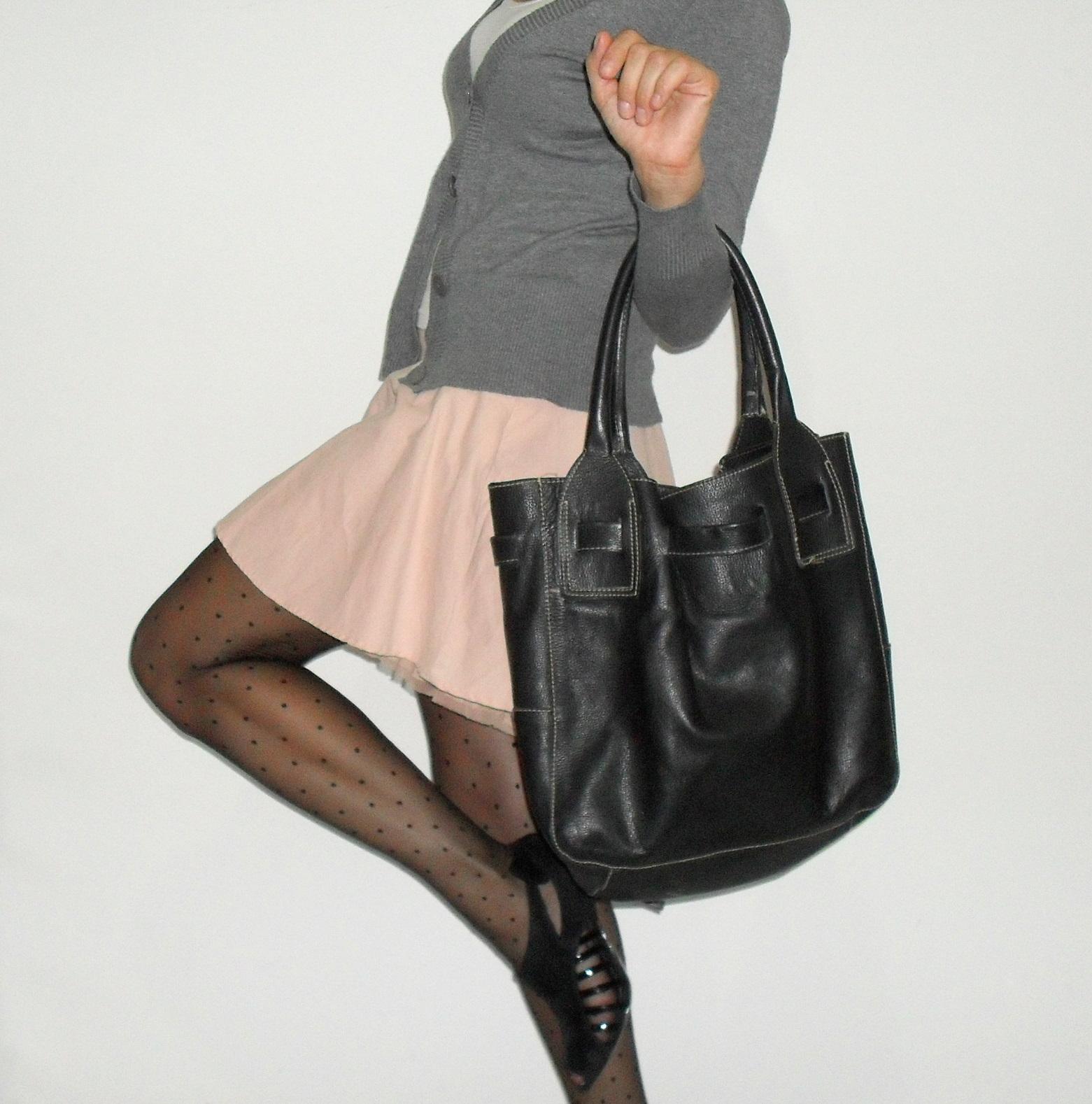 Bolsa De Couro Usada : Vendida desapegando bolsa de couro preta dani garlet
