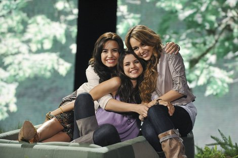selena gomez demi lovato and miley cyrus. selena gomez and demi lovato