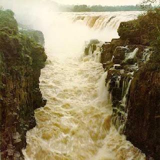 Guaíra Falls, Brazil-Paraguay border