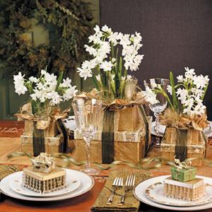 Wedding Gift Box Centerpieces : STeller Kitchen: Holiday Centerpieces