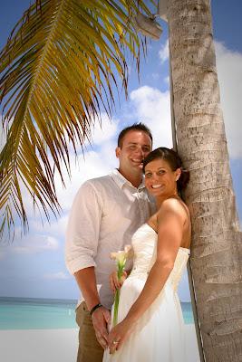 Traditional Cayman Beach Wedding Good Choice for Topeka, KS Couple - image 10