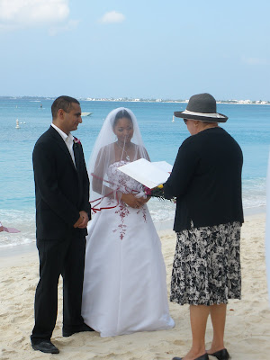 Sneak Preview : International Favour to Cayman Wedding Today - image 2