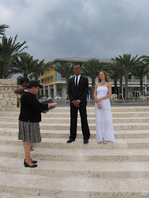 Love Blossoms for Simple Wedding at Caymana Bay, Grand Cayman - image 1