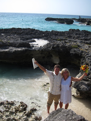 Fun and adventure abound for this Cayman Island Wedding Couple - image 6
