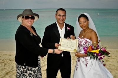 International Flavour to this Cayman Islands beach wedding - image 5