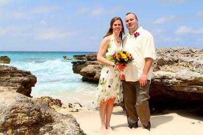 Simple, elegant, all-inclusive Cayman Island Cruise Wedding - image 1