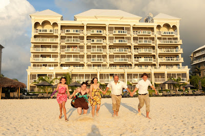 Surprise Wedding Vow Renewal on Grand Cayman Island - image 6