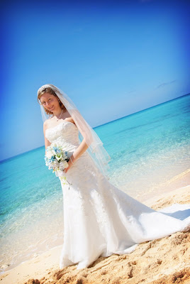 Cruise Wedding with Family at Alfresco's - image 3