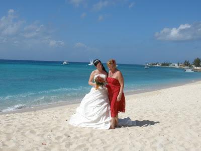 Cayman Cruise Wedding for British Couple - image 2