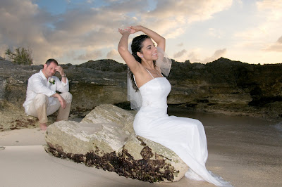 Fantastic Cayman Sunset Wedding for Tampa Couple - image 4
