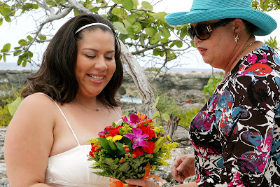 Canadians Choose Grand Cayman for Cruise Beach Wedding - image 1