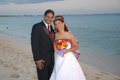 Colourful Cayman Wedding for Trinidadian Visitors - image 6
