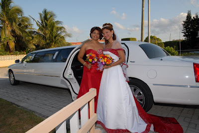 Colourful Cayman Wedding for Trinidadian Visitors - image 1